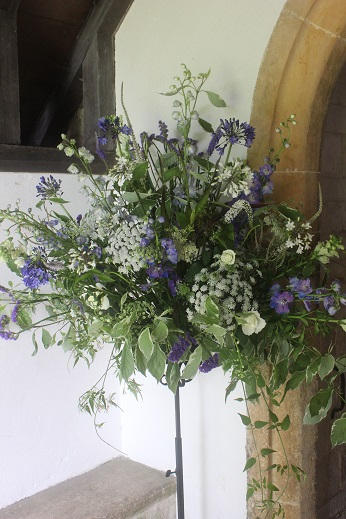 Blue And White Flowers For A West Country Wedding The